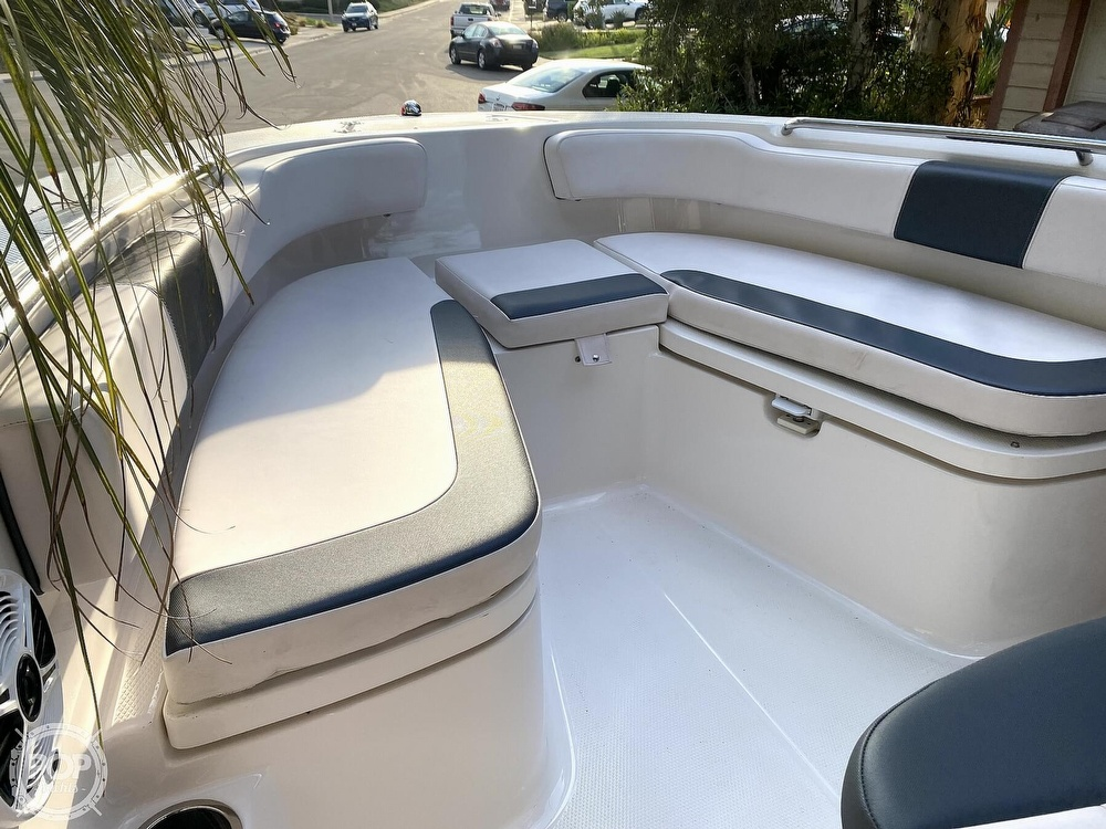 2019 Robalo boat for sale, model of the boat is R200 Center Console & Image # 36 of 41