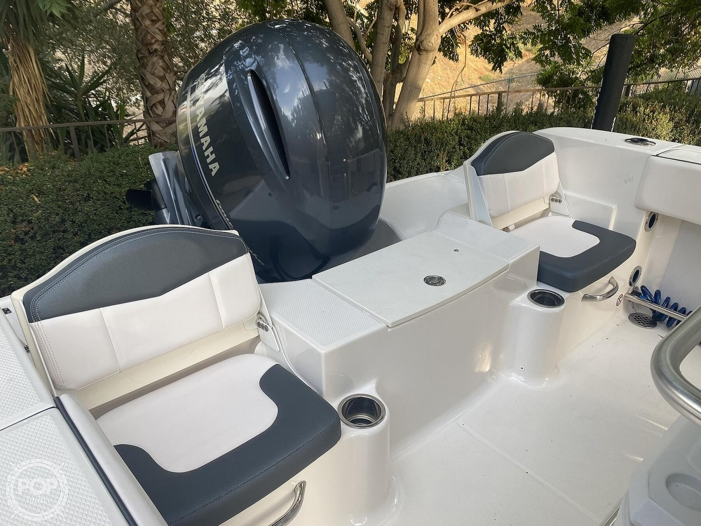 2019 Robalo boat for sale, model of the boat is R200 Center Console & Image # 17 of 41