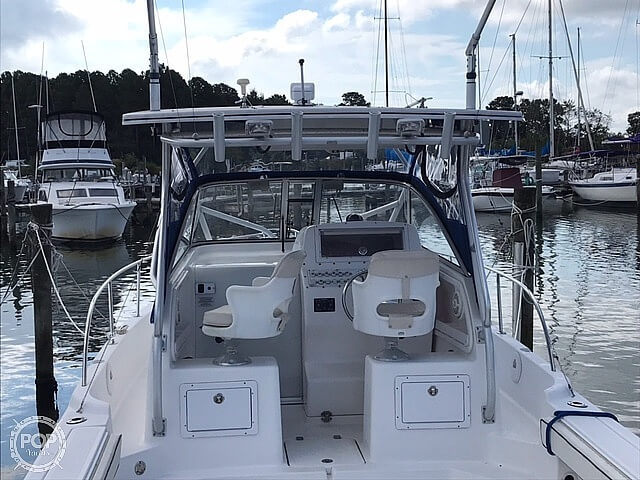 2004 Pro-Line boat for sale, model of the boat is 27 Walk & Image # 2 of 40