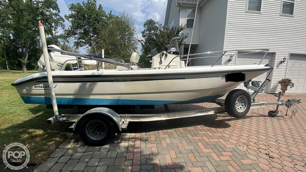 1999 Boston Whaler boat for sale, model of the boat is Dauntless 180 & Image # 2 of 40
