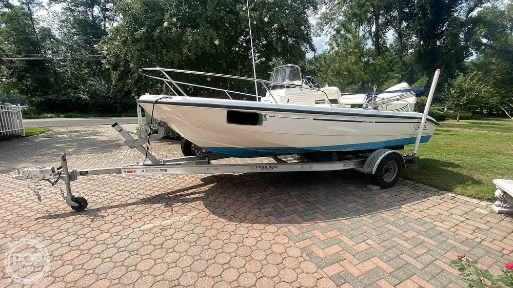 1999 Boston Whaler boat for sale, model of the boat is Dauntless 180 & Image # 4 of 40