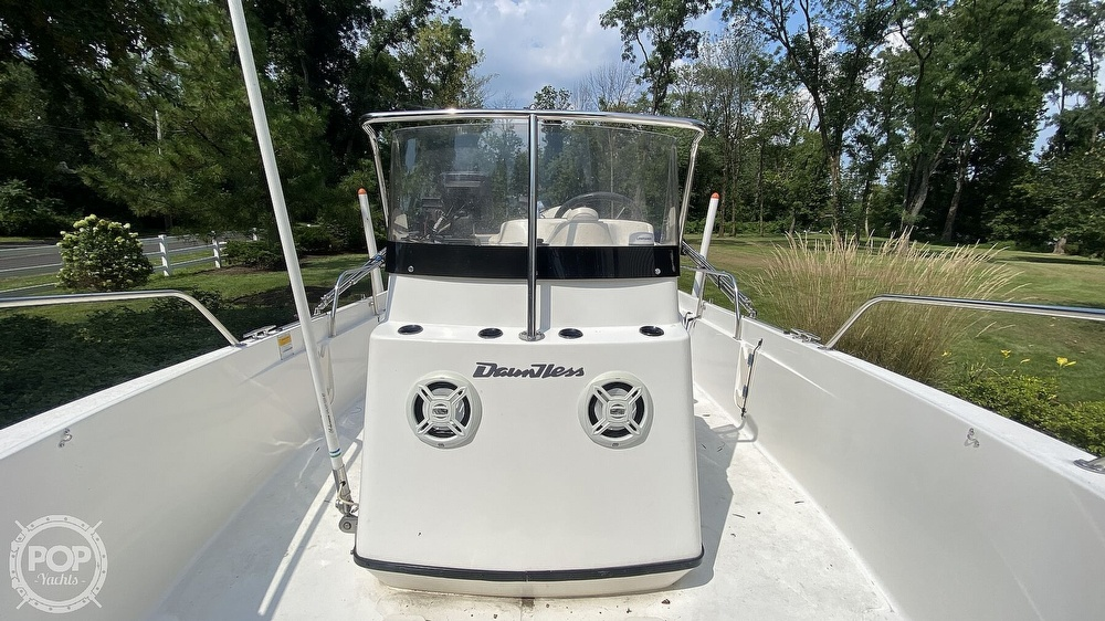 1999 Boston Whaler boat for sale, model of the boat is Dauntless 180 & Image # 8 of 40