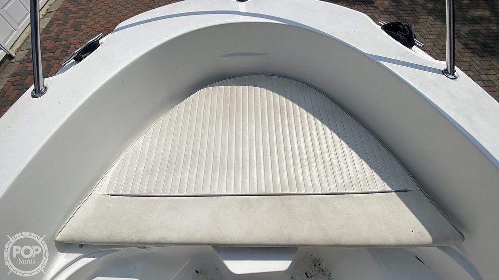 1999 Boston Whaler boat for sale, model of the boat is Dauntless 180 & Image # 11 of 40