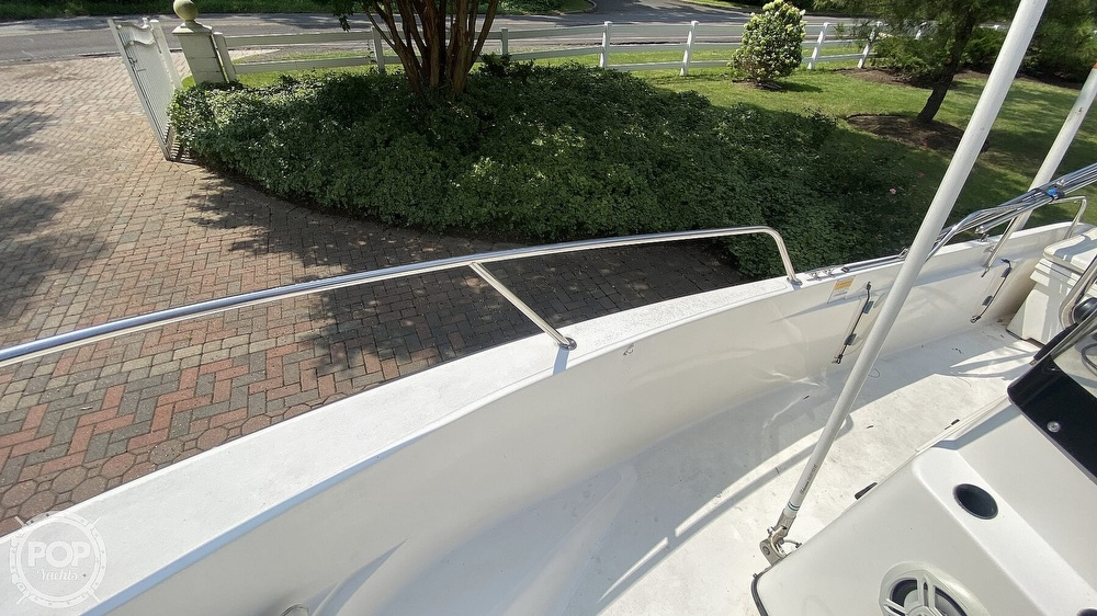 1999 Boston Whaler boat for sale, model of the boat is Dauntless 180 & Image # 12 of 40