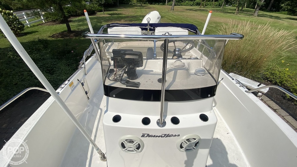 1999 Boston Whaler boat for sale, model of the boat is Dauntless 180 & Image # 17 of 40
