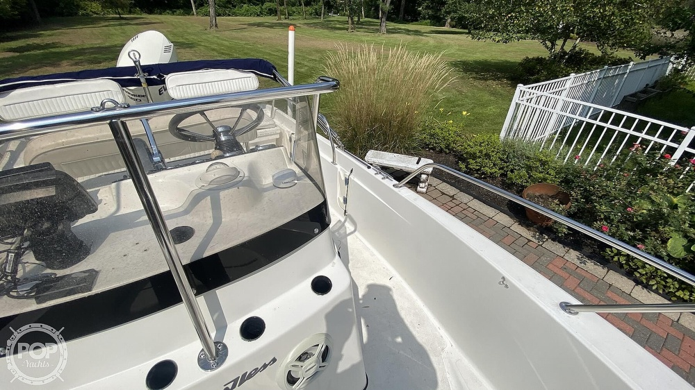 1999 Boston Whaler boat for sale, model of the boat is Dauntless 180 & Image # 18 of 40