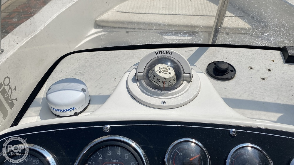 1999 Boston Whaler boat for sale, model of the boat is Dauntless 180 & Image # 25 of 40