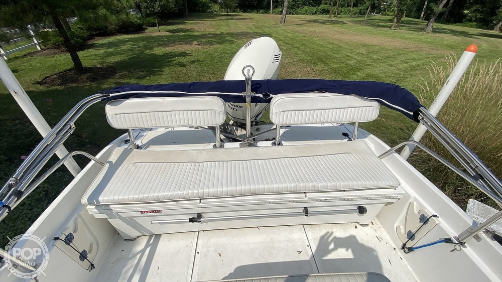 1999 Boston Whaler boat for sale, model of the boat is Dauntless 180 & Image # 38 of 40