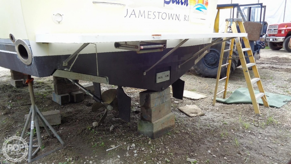 2003 Wellcraft boat for sale, model of the boat is 330 Coastal & Image # 15 of 40