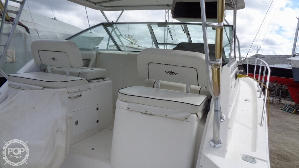 2003 Wellcraft boat for sale, model of the boat is 330 Coastal & Image # 24 of 40
