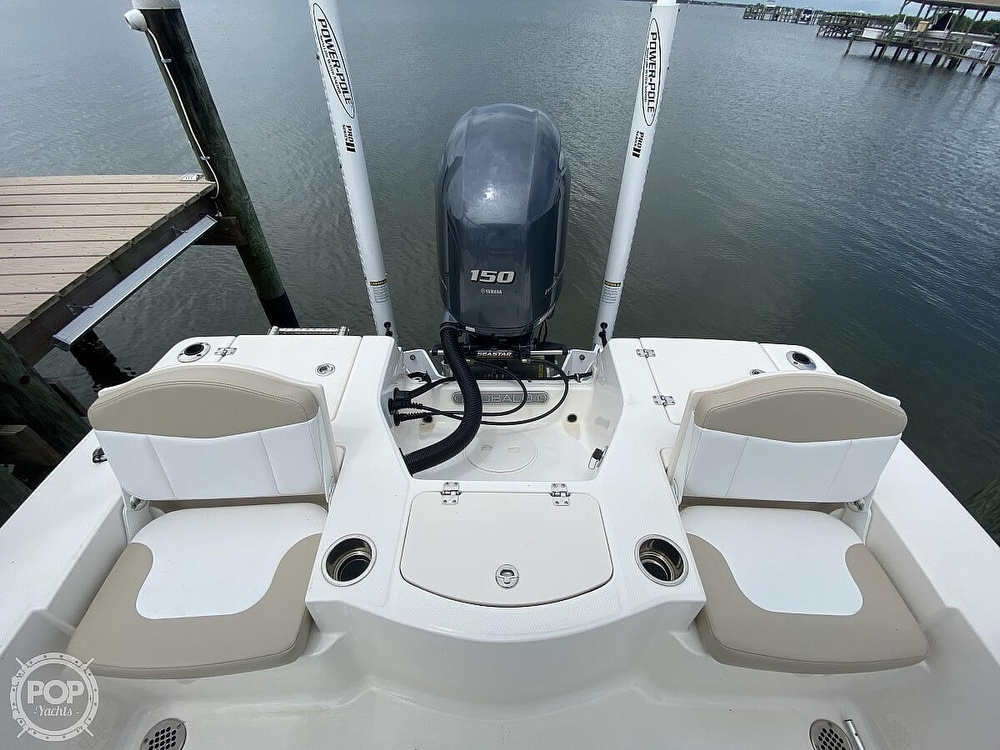2018 Robalo boat for sale, model of the boat is 206 Cayman & Image # 7 of 40