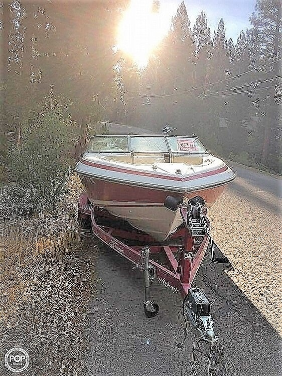 1996 Cobalt boat for sale, model of the boat is 220 & Image # 3 of 4