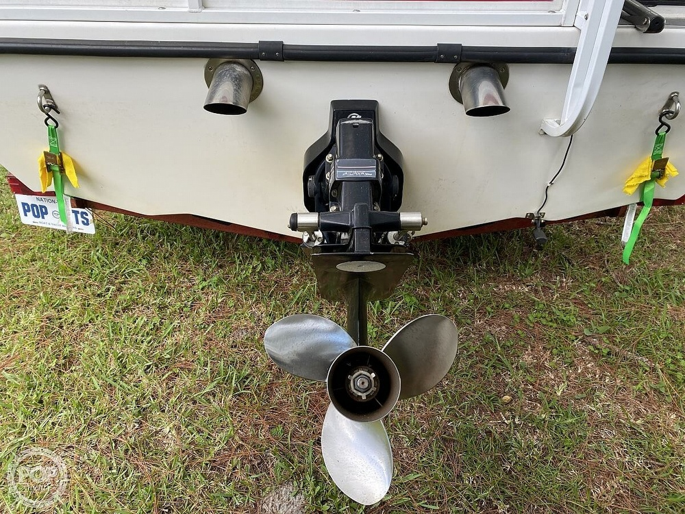 2005 Playcraft boat for sale, model of the boat is Deck-Cruiser 24 & Image # 15 of 40