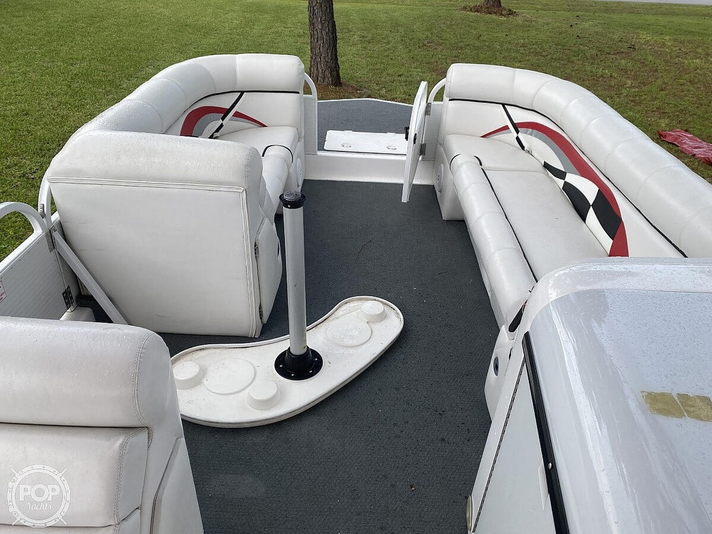 2005 Playcraft boat for sale, model of the boat is Deck-Cruiser 24 & Image # 32 of 40