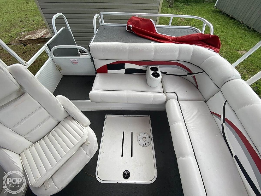 2005 Playcraft boat for sale, model of the boat is Deck-Cruiser 24 & Image # 35 of 40
