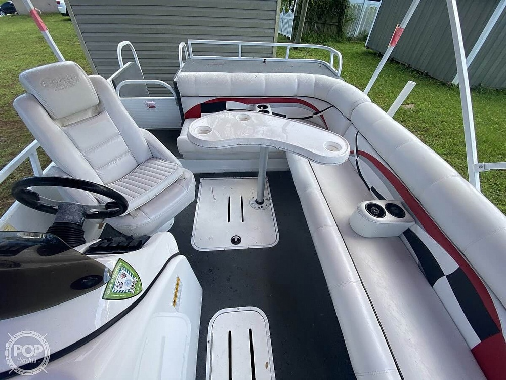 2005 Playcraft boat for sale, model of the boat is Deck-Cruiser 24 & Image # 3 of 40