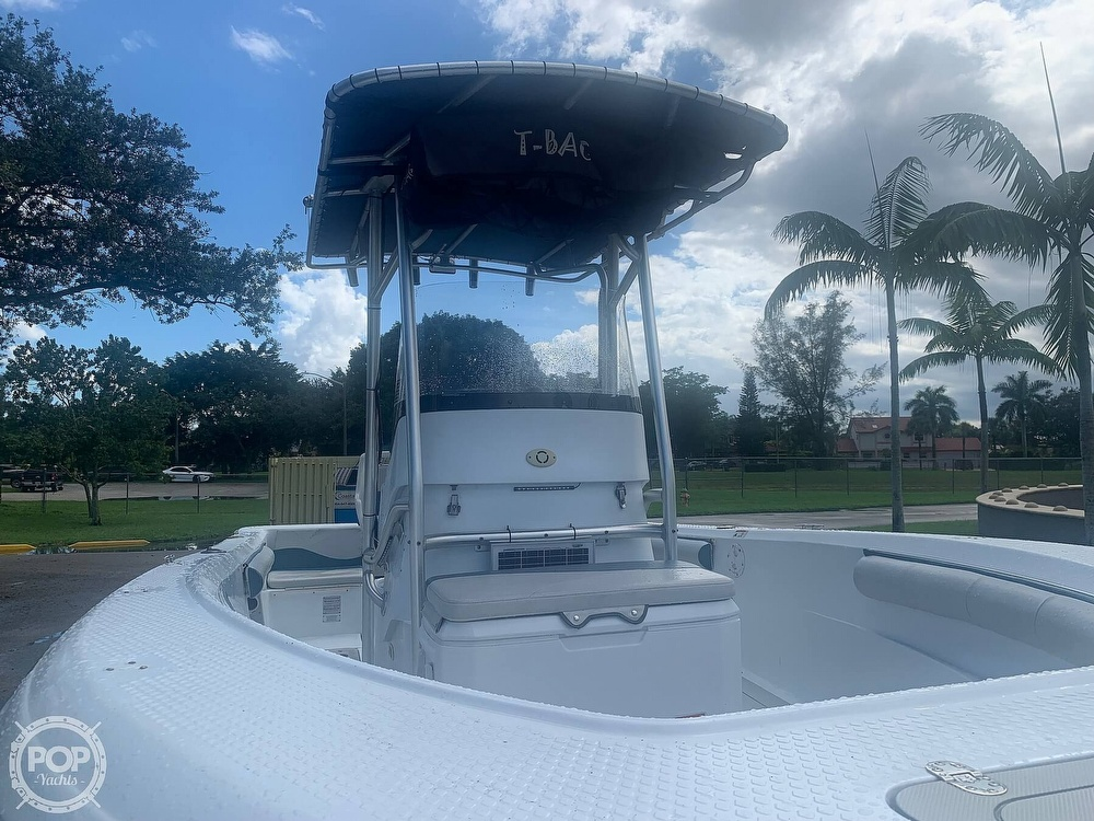 2005 Triumph boat for sale, model of the boat is 215 Cc & Image # 7 of 40