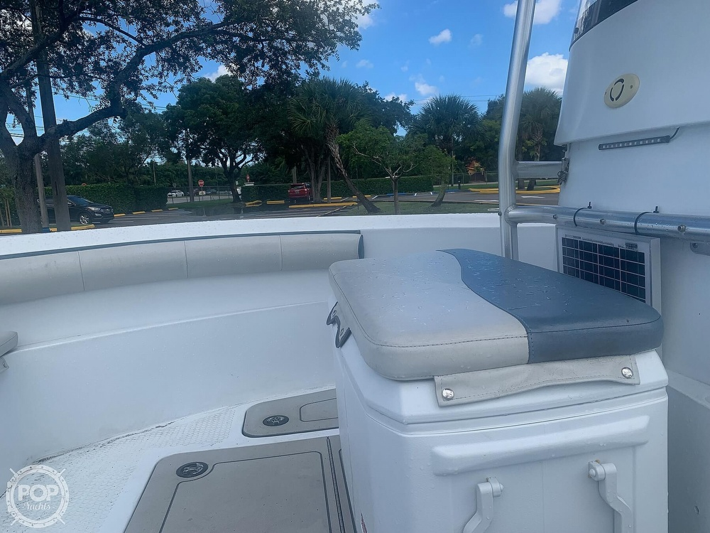 2005 Triumph boat for sale, model of the boat is 215 Cc & Image # 22 of 40