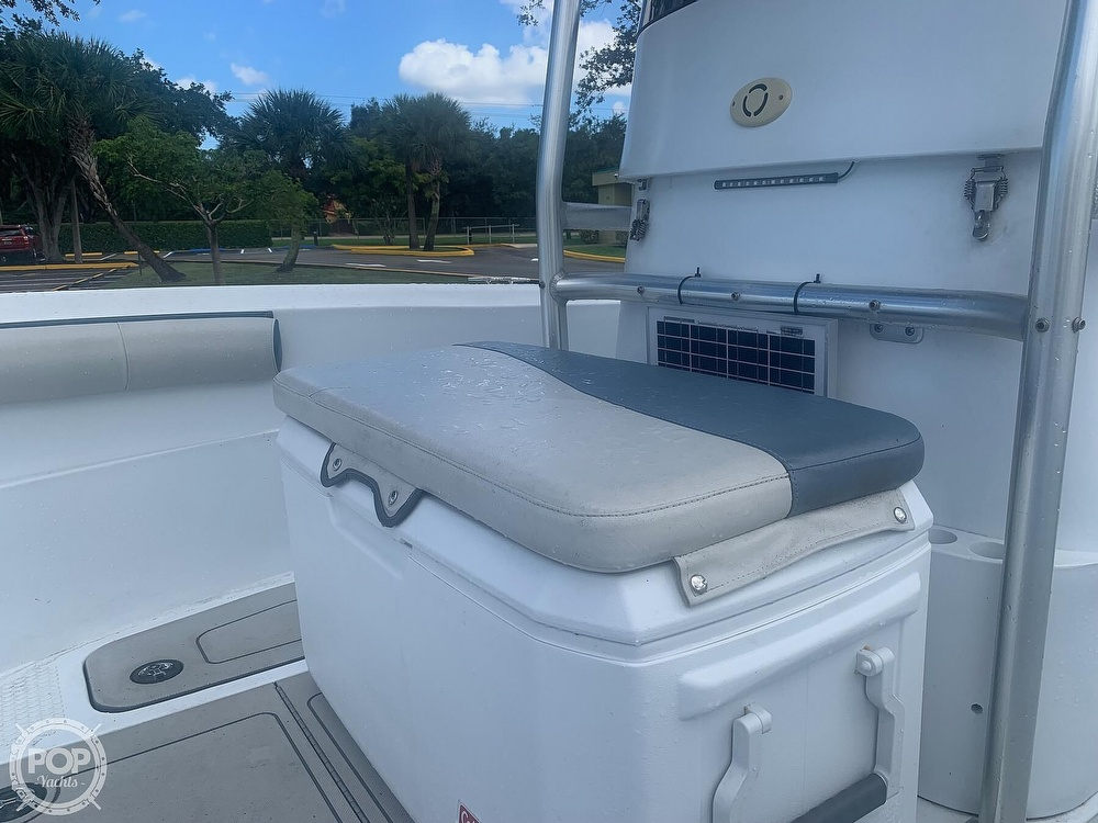 2005 Triumph boat for sale, model of the boat is 215 Cc & Image # 26 of 40