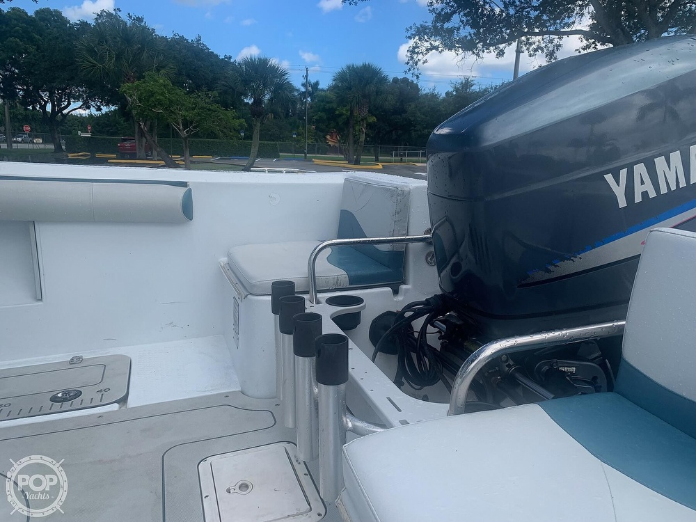 2005 Triumph boat for sale, model of the boat is 215 Cc & Image # 27 of 40