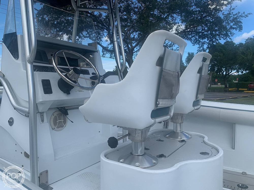 2005 Triumph boat for sale, model of the boat is 215 Cc & Image # 29 of 40