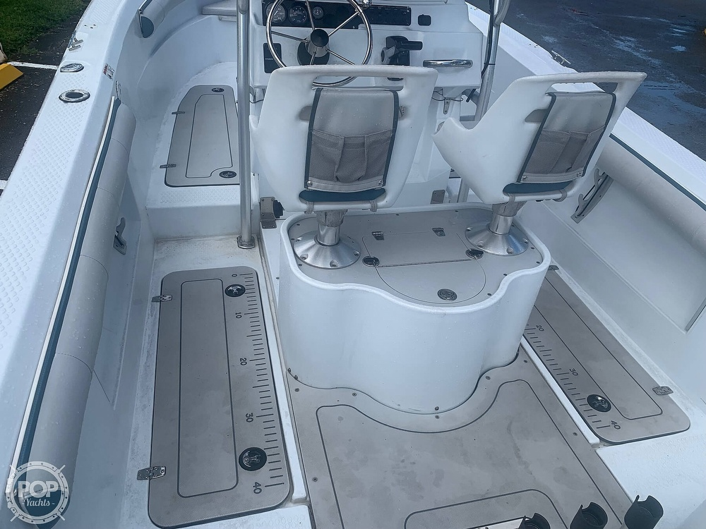 2005 Triumph boat for sale, model of the boat is 215 Cc & Image # 30 of 40