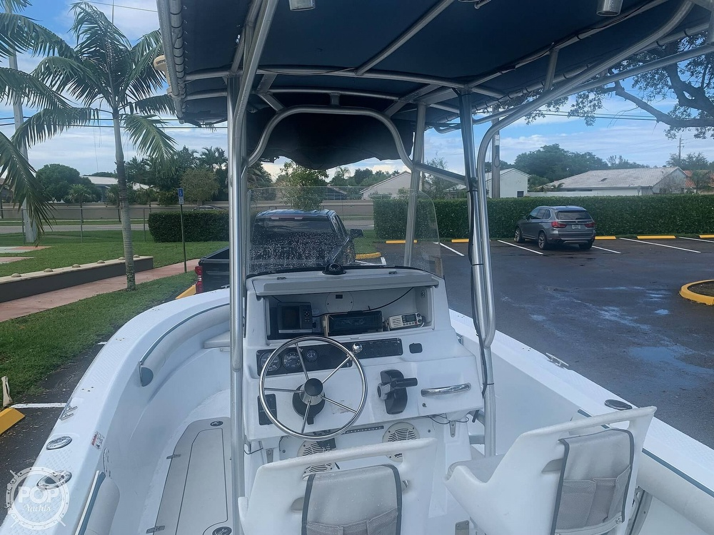 2005 Triumph boat for sale, model of the boat is 215 Cc & Image # 31 of 40