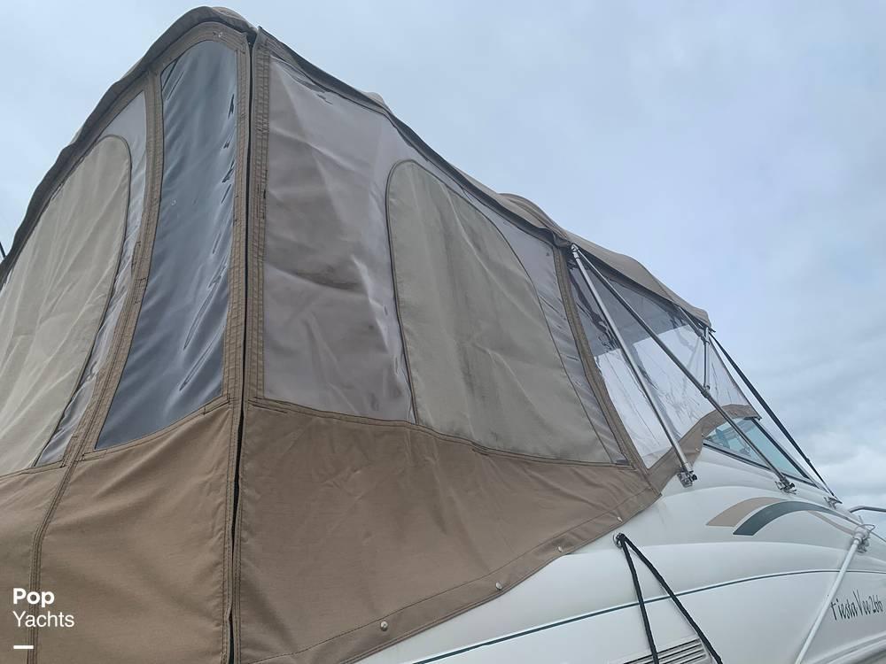 1999 Rinker boat for sale, model of the boat is Fiesta Vee 266 & Image # 11 of 40
