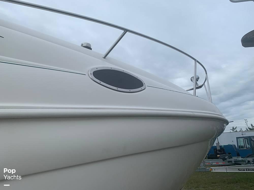 1999 Rinker boat for sale, model of the boat is Fiesta Vee 266 & Image # 20 of 40