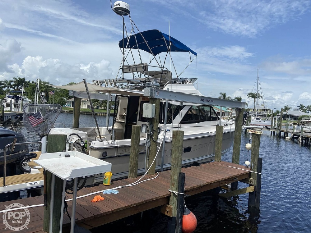 2020 Cutwater boat for sale, model of the boat is C-32 CB & Image # 5 of 40