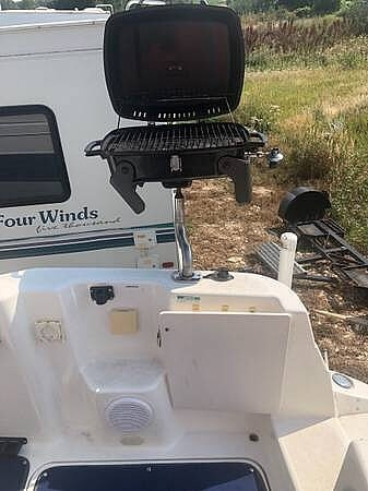 2000 Glastron boat for sale, model of the boat is GS 249 & Image # 11 of 22