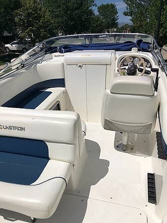 2000 Glastron boat for sale, model of the boat is GS 249 & Image # 8 of 22