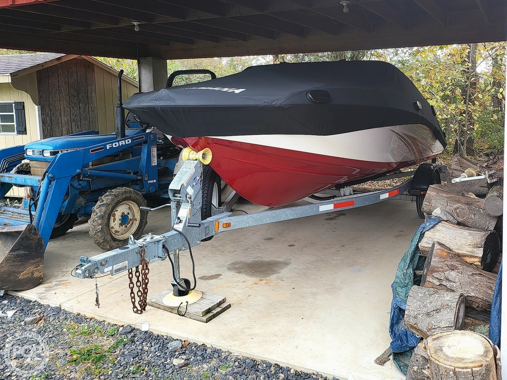 2016 Yamaha boat for sale, model of the boat is Sx192 & Image # 2 of 40
