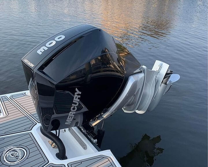 2020 Monterey boat for sale, model of the boat is M65 & Image # 9 of 40