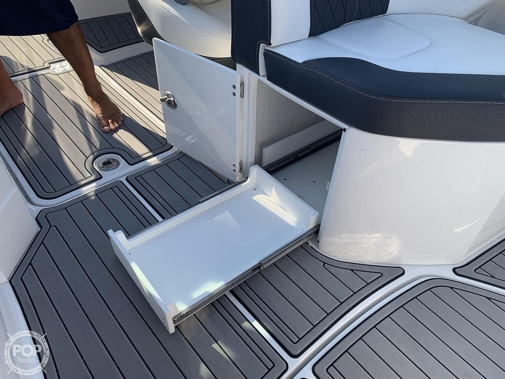 2020 Monterey boat for sale, model of the boat is M65 & Image # 13 of 40