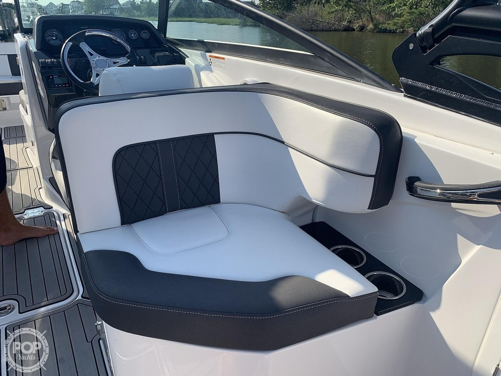 2020 Monterey boat for sale, model of the boat is M65 & Image # 10 of 40