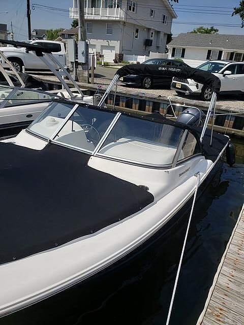2017 Sea Hunt boat for sale, model of the boat is 235 Escape SE & Image # 3 of 40
