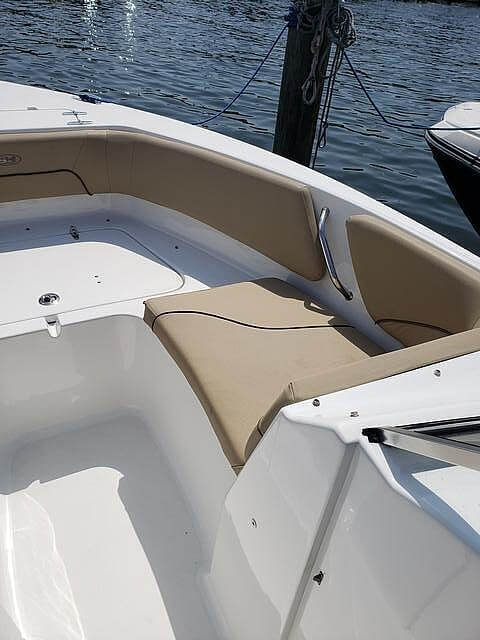 2017 Sea Hunt boat for sale, model of the boat is 235 Escape SE & Image # 9 of 40