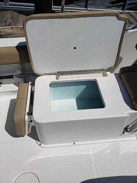 2017 Sea Hunt boat for sale, model of the boat is 235 Escape SE & Image # 22 of 40