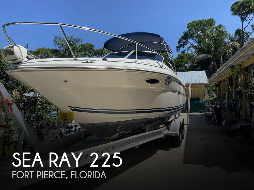 2001 Sea Ray boat for sale, model of the boat is 225 weekender & Image # 1 of 40