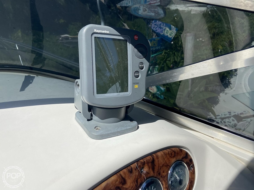 2001 Sea Ray boat for sale, model of the boat is 225 weekender & Image # 29 of 40