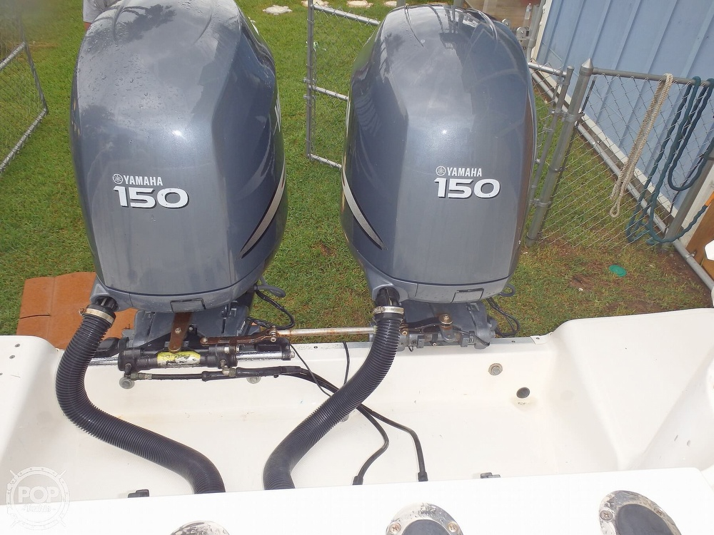 2005 Wellcraft boat for sale, model of the boat is 252 Coastal & Image # 4 of 40