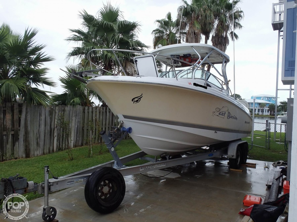 2005 Wellcraft boat for sale, model of the boat is 252 Coastal & Image # 2 of 40