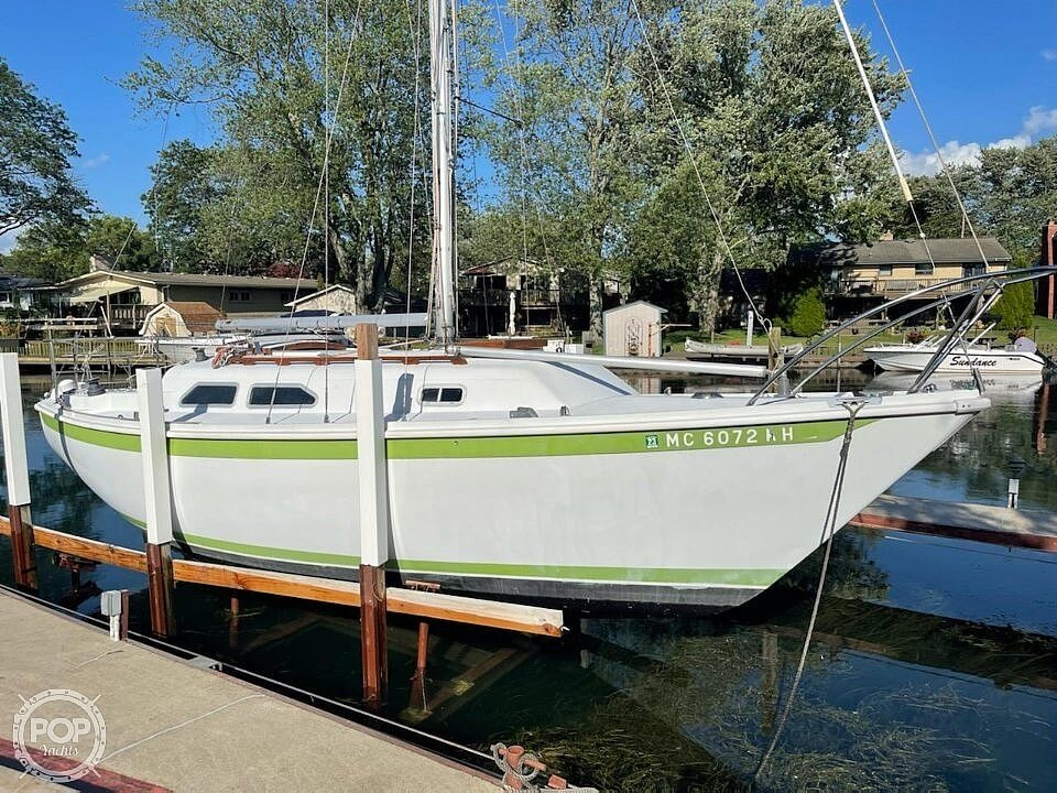 1976 Ericson Yachts boat for sale, model of the boat is 27 & Image # 14 of 35