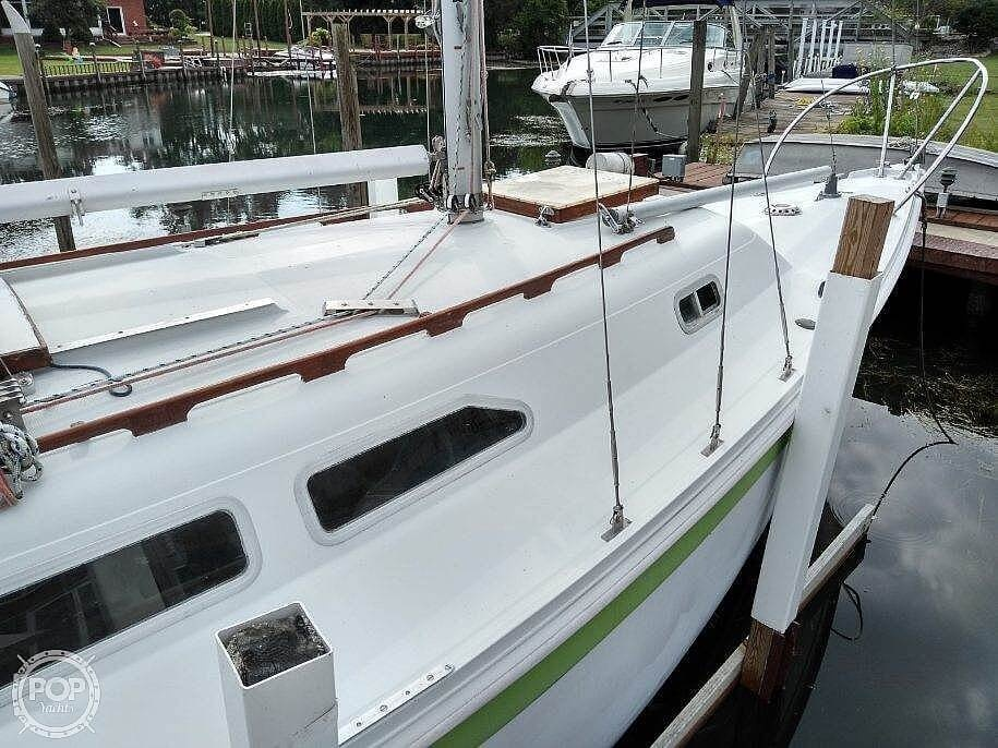1976 Ericson Yachts boat for sale, model of the boat is 27 & Image # 26 of 35