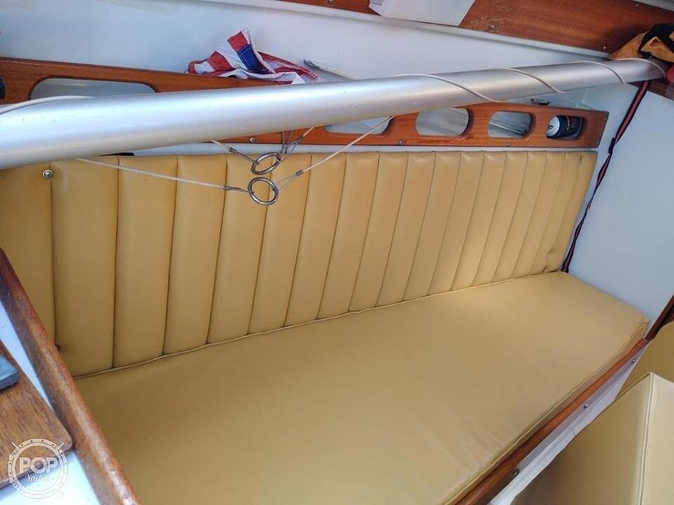 1976 Ericson Yachts boat for sale, model of the boat is 27 & Image # 28 of 35