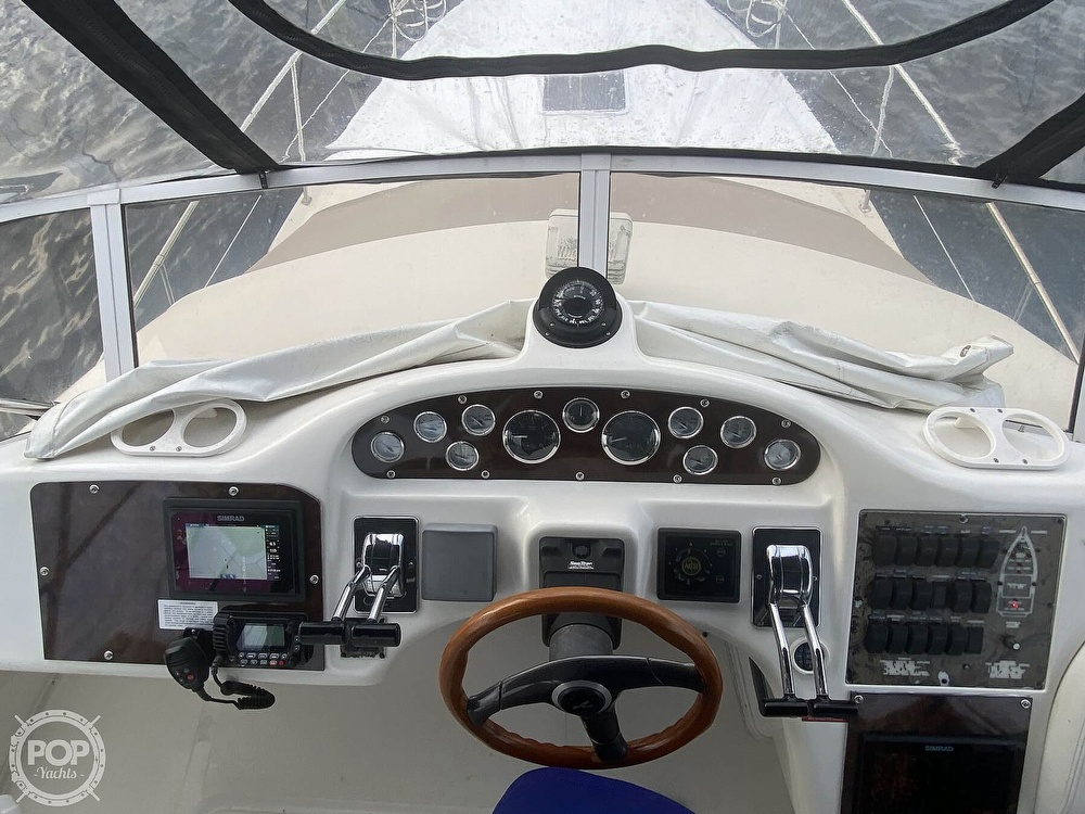 1998 Sea Ray boat for sale, model of the boat is 370 Aft Cabin & Image # 10 of 40