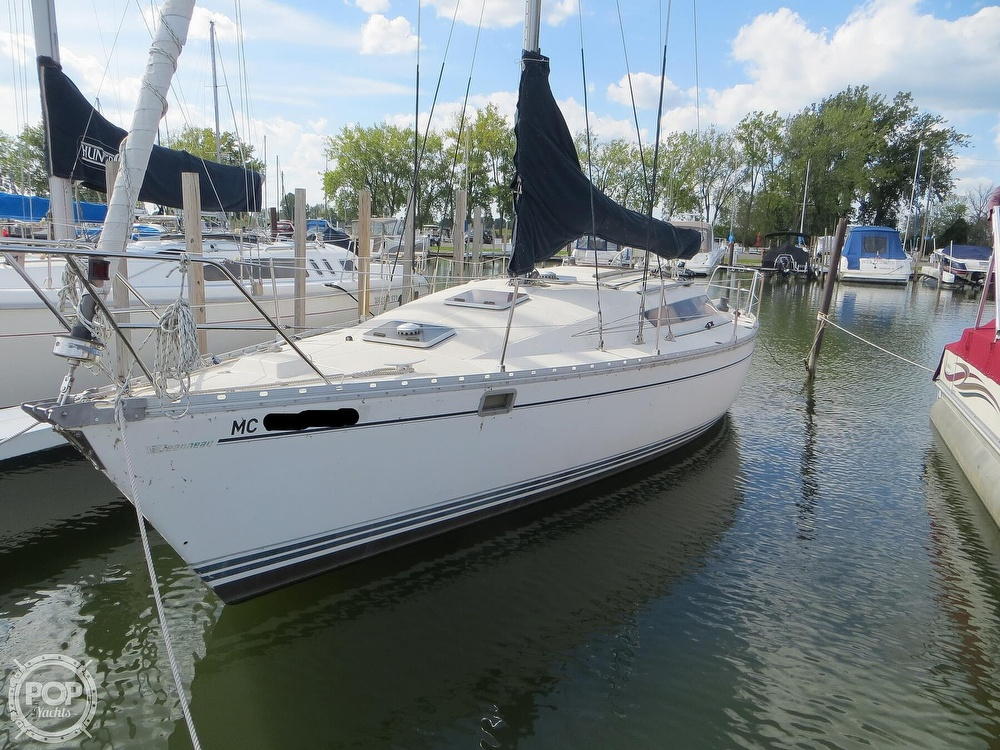1986 Jeanneau boat for sale, model of the boat is Sun Rise 34 & Image # 13 of 40