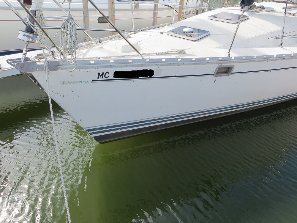 1986 Jeanneau boat for sale, model of the boat is Sun Rise 34 & Image # 17 of 40