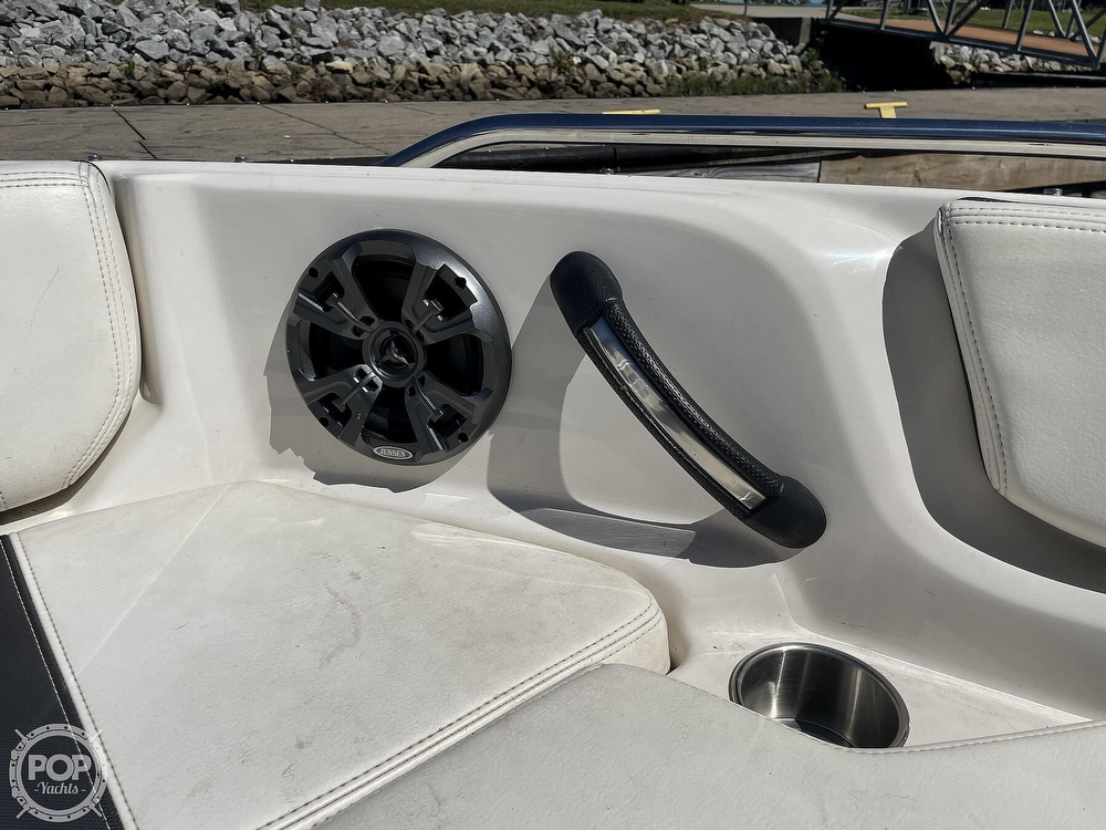 2014 Monterey boat for sale, model of the boat is 186 MS & Image # 11 of 40
